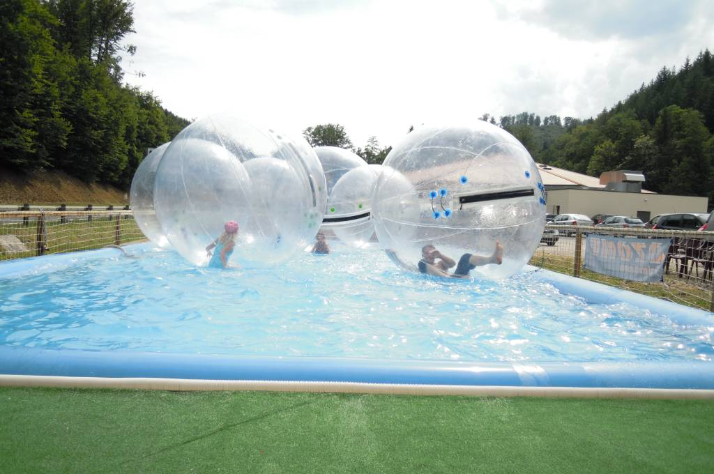Bulles sur l 39 eau - Structure gonflable eau ...